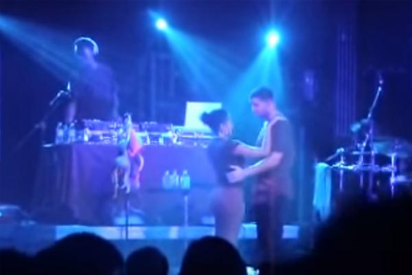Drake kissing minor