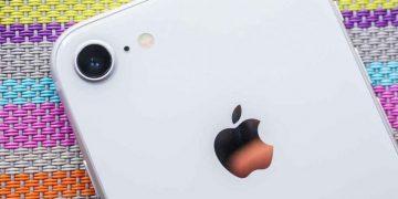 Apple SE 2