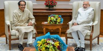 Uddhav Thackeray meets modi