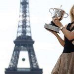 Maria Sharapova announces retirement